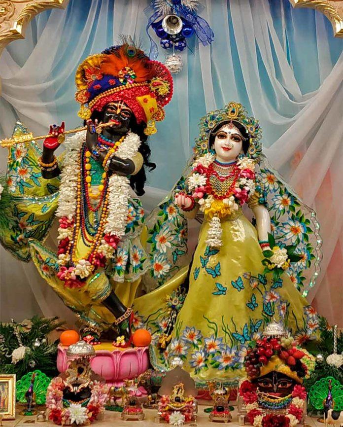 Божества Шри Шри Радха Говинда в Омске